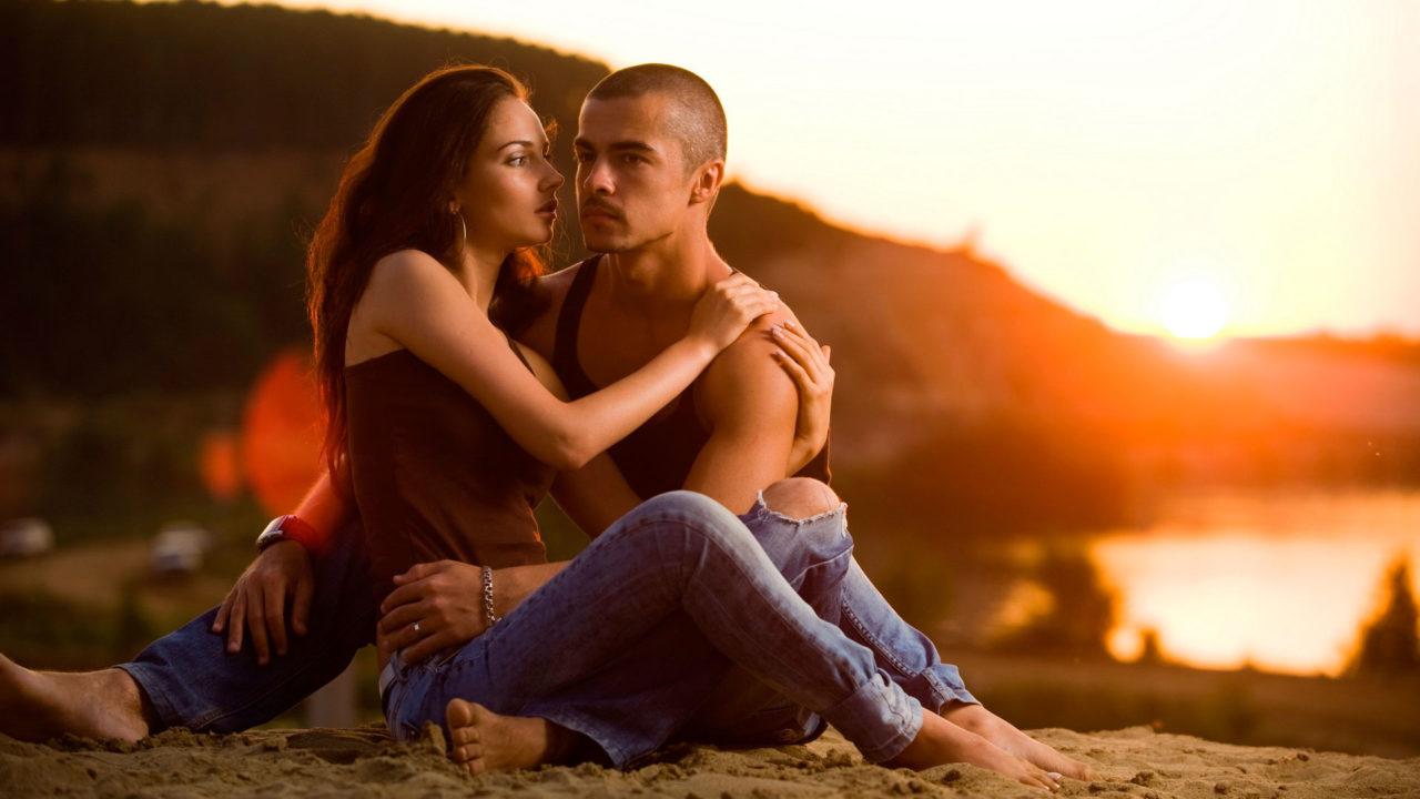 Самые лучшие романтические песни о любви онлайн.
